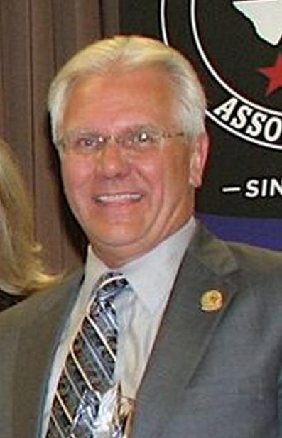 Montie Davis, PRI